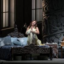 """Anna Netrebko in """"Manon Lescaut"""" at The Metropolitan Opera"""